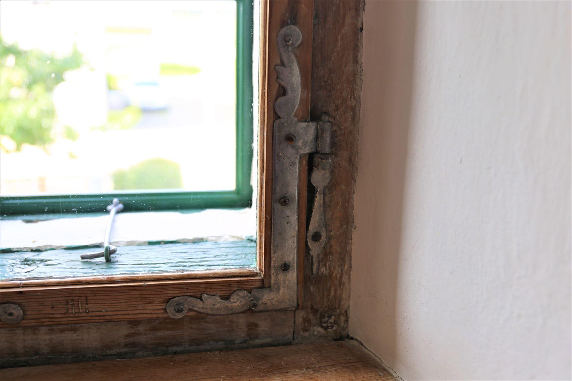Fensterbeschläge von